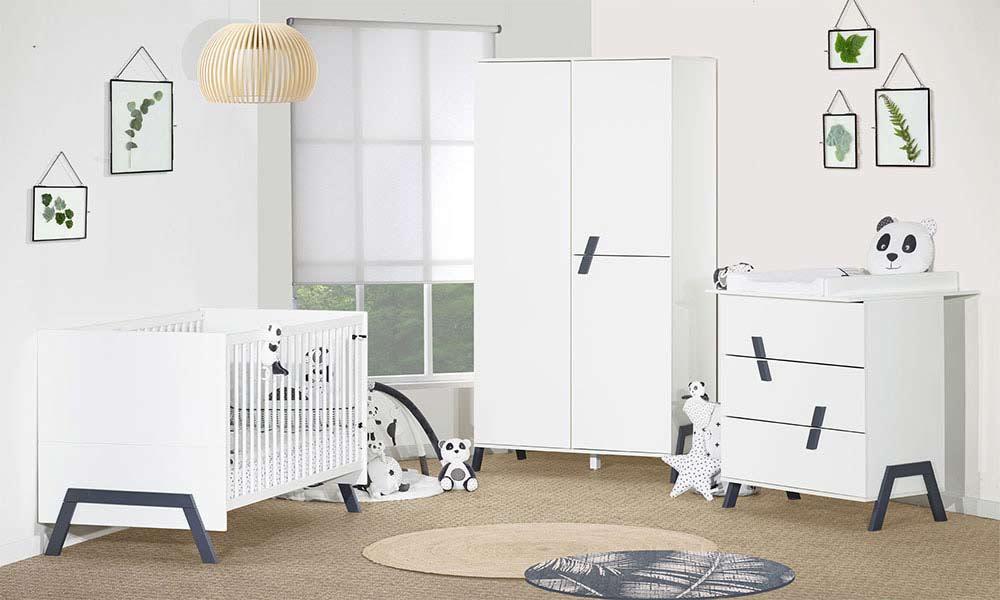 Chambres de bébé blanches