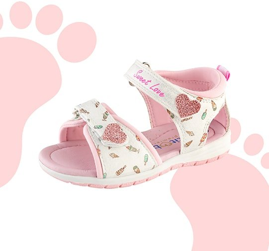 Découvrez les chaussures pour bébé Aubert !